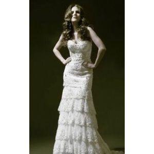 Pnina Tornai Wedding Dress 4143. Never worn!